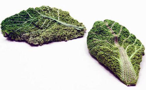 Вязаные листья салата